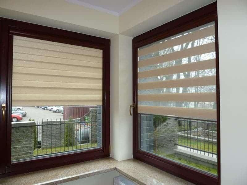 Nově instalovaná roleta Den a noc přímo na okno
